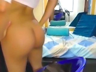 Asian Shemale on Webcam