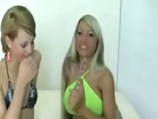 Tgirl Nicole Charming Fucks Titty Blonde Sexy Cora