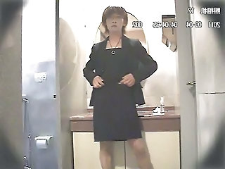 Korean Tranny Rubs One Out Under Protest