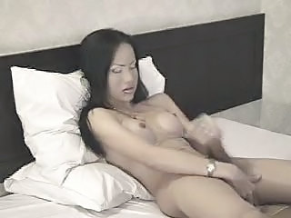 shemale orgasm