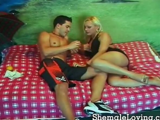 Hot shemale nailing a horny guy