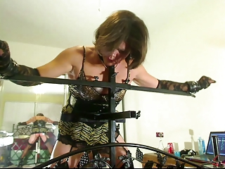 Succinct Drown in red ink Christi fucked increased in for spanked in for robotic machines