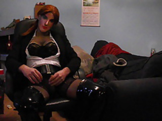 Wearing a sexy black suit, seam nylon stockings