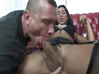 Guy sucks trannys cock and rides