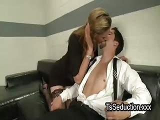 Blonde tranny deep anal fucks guy in office