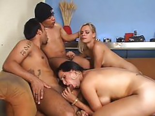 TRANSSEXUAL LAIR A MIDGETS APARTMENT - Scene 2
