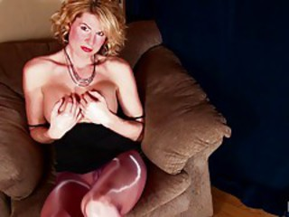 tranny in shiny pantyhose 2