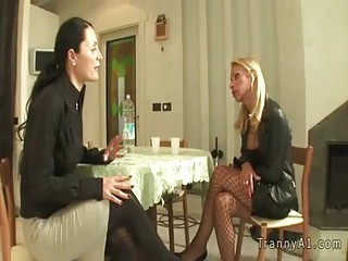 Italian lady sucks huge dick of tranny