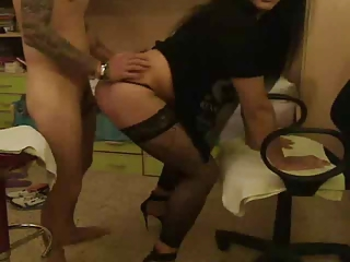 BIG BUTT TEE GIRL TURNS GUY OUT THEN LETS HIM BUTT FUCK