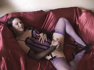 Joanie toying and cumming in purple lingerie (Tu22)