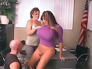 Shemale huge tits tube