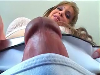 Shemale big cock sex homemade fuck